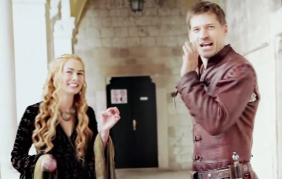 Behind the scenes&Bloopers - Page 4 Nikolaj-coster-waldau-films-a-scene-with-lena-headey-who-plays-his-twin-sister-cersei-lannister