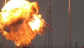 Falcon 9 rocket with AMOS-6 satellite explodes on the launch pad on Sept. 1, 2016.