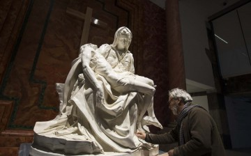 A duplicate of Michelangelo's Pieta is on display during the exhibition,The Divine Michelangelo, at the Shanghai Modern Art Museum in Shanghai, Dec. 25, 2016.