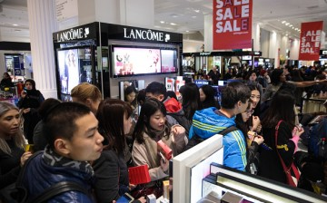 Boxing Day shoppers raid the shelves at Selfridges as they try to look for the best deals the store has to offer.