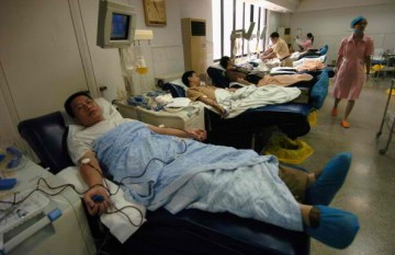 Blood testing and donation at Guangzhou Blood Centre
