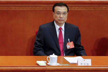 Premier Li Keqiang reported that the government has trimmed down its growth target this year to 6.5 percent.