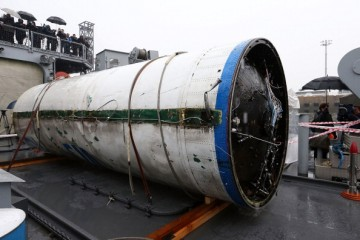 South Korea retrieves a piece of the nuclear missile launched by North Korea.