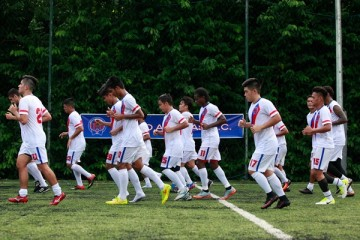 Davao Aguilas Football Club was established in 2017 as a professional football club, based out of Tagum, Davao del Norte, in Mindanao with a coaching staff is headed by Australian football veteran Gary Philips.