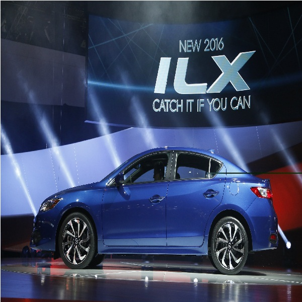 2014 Acura ILX Sports Sedan Released; New Luxury Car Comes I