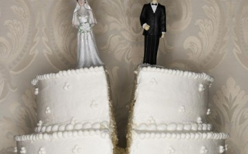 Married Chinese couples are becoming discontented with their marriages earlier than couples in other Asian countries.