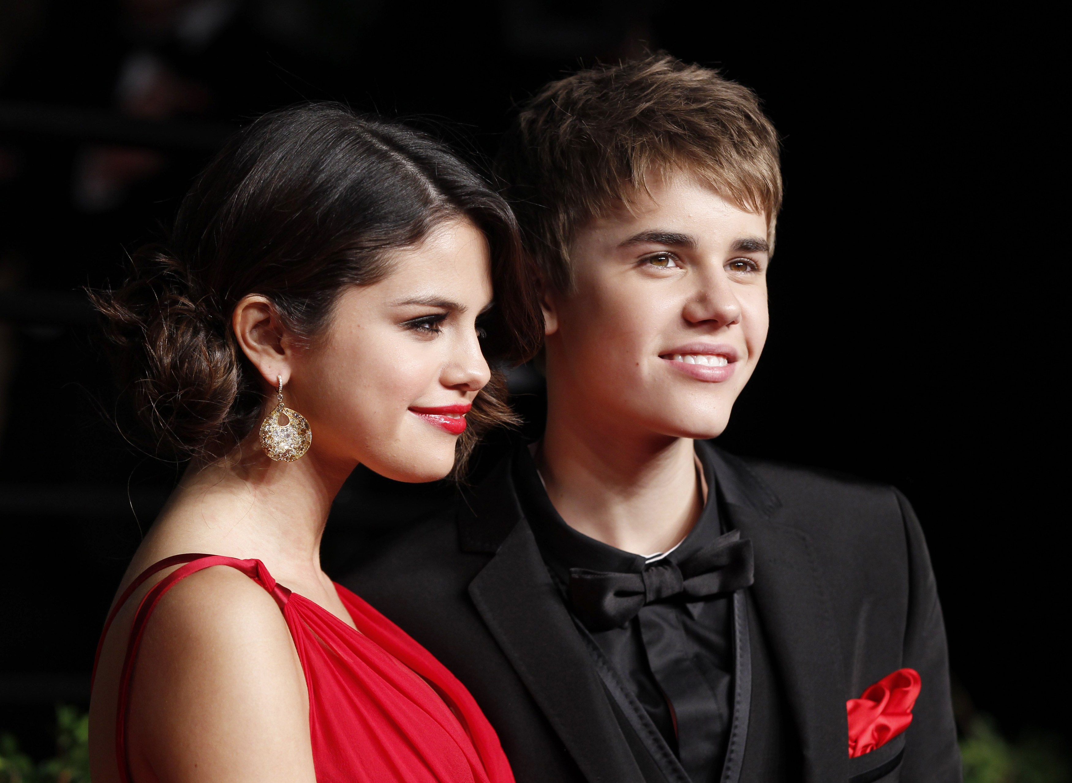 halsey and justin bieber relationship with selena