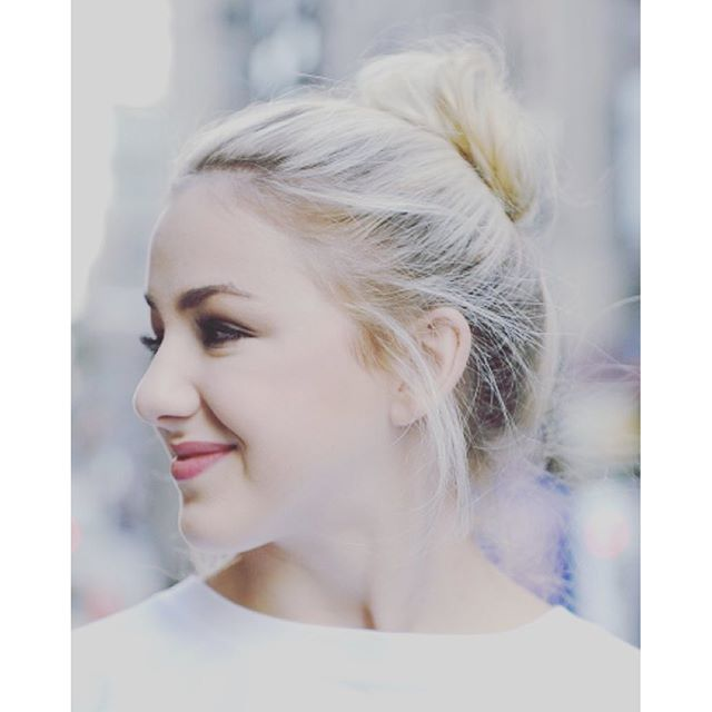 Dance moms meet and greet dates images greeting card designs simple dance moms alum chloe lukasiak hosts a meet and gre m4hsunfo