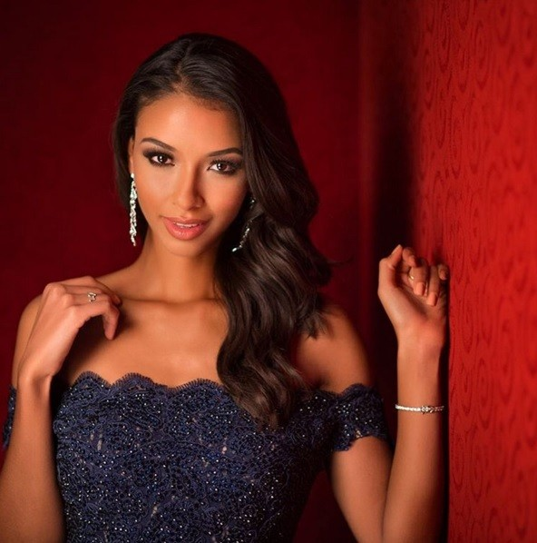 Miss Universe 2015 Instagram Portrait Series: Miss France Re