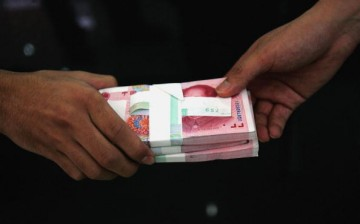Deleting a damaging online post can cost as much as 10,000 yuan.