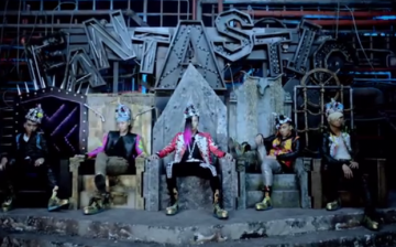 Big Bang is a five-member South Korean boy band formed by YG Entertainment.