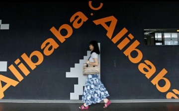 Chinese e-commerce giant Alibaba Group Holding Ltd. brings navigation solutions back to cars.