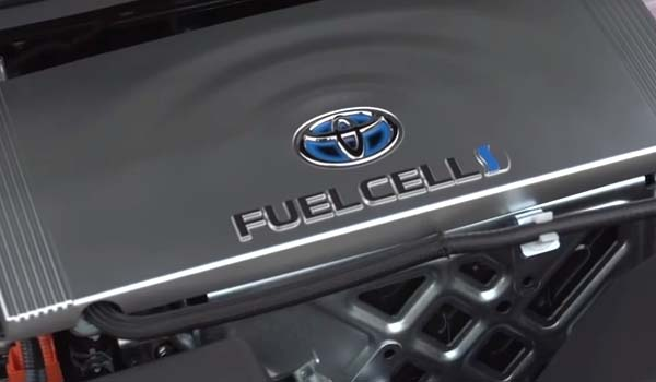 Toyota claims hydrogen fuel cars are the future against Tesl