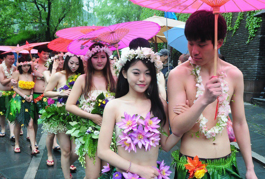 Have Naked chinese weddings agree with