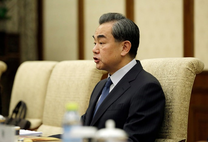 Chinese Foreign Minister Wang Yi lectures Canadian reporter on human rights question.