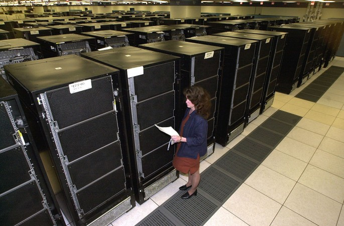 China's new supercomputer leaves the US farther behind.