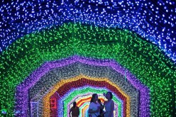 20 million LED lights create a dreamy world at Huahai Park in Taiyuan, Shanxi Province.