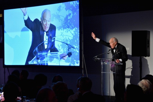 Leonard Lauder speaks during Alzheimer's Drug Discovery Foundation eighth Annual Connoisseur's Dinner at Sotheby's on May 1, 2014 in New York City.
