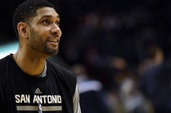 Tim Duncan ends his 19-year basketball career.