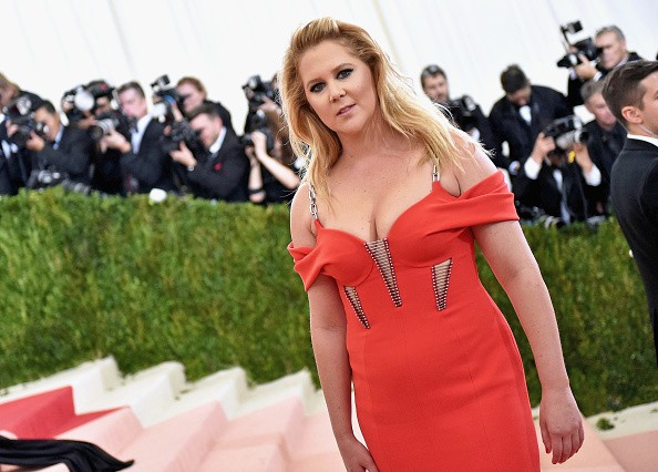 Amy Schumer attends the 'Manus x Machina: Fashion In An Age Of Technology' Costume Institute Gala at Metropolitan Museum of Art on May 2, 2016 in New York City.