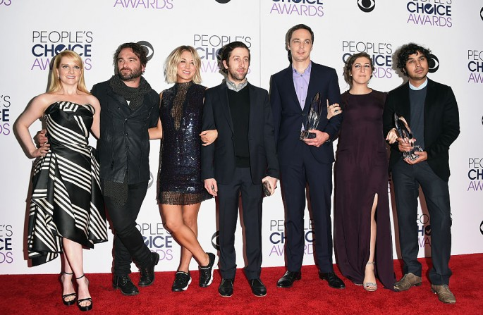 Cast members of the hit CBS series 'Big Bang Theory' pose at the press room event during the 2016 People's Choice Awards.