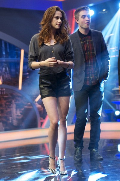 Kristen Stewart and Robert Pattinson attend 'El Hormiguero' TV show at Vertice Studio on November 15, 2012 in Madrid, Spain.