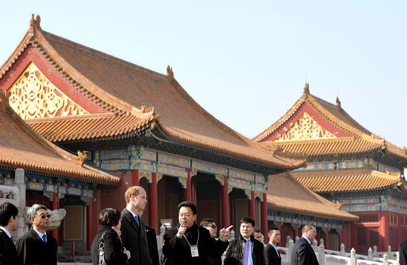Many foreign leaders go to the Palace Museum when in China.