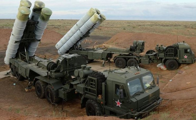 A Russian air defense system of the type Pakistan is interested in acquiring.