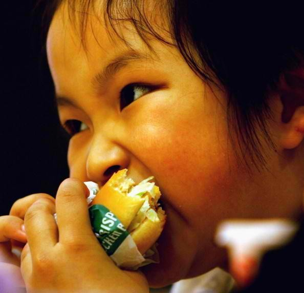 Chinese children are getting fatter due to lack of exercise.