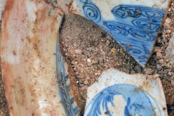 Fragments of ancient Chinese porcelain were found at the Port of Acapulco.