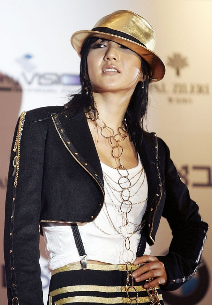 South Korean singer Bada arrives for the 43rd annual 'Daejong Film Festival' at the Coex Convention Hall July 21, 2006 in Seoul, South Korea.