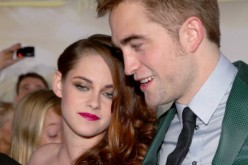 Kristen Stewart and Robert Pattinson arrive at the premiere of 'The Twilight Saga: Breaking Dawn - Part 2' at Nokia Theatre L.A. Live on November 12, 2012 in Los Angeles, California.