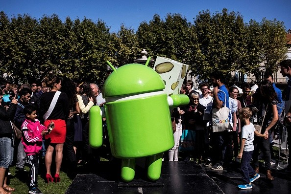 Google fans excited to see Android statue
