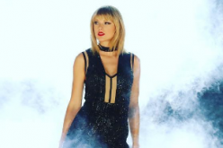 Taylor Swift celebrates Thanksgiving with squad and family