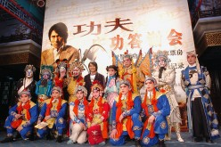 Star Stephen Chow Celebrates 'Kung Fu Hustle' Breaking Box Office Record