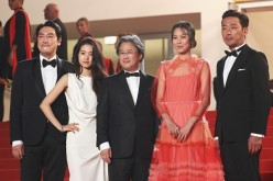 Jo Jing-Woong, Kim Tae-Ri, Park Chan-wook, Kim Min-Hee and Ha Jung-Woo attend 'The Handmaiden (Mademoiselle)' premiere during the 69th annual Cannes Film Festival at the Palais des Festivals on May 14, 2016 in Cannes, France.