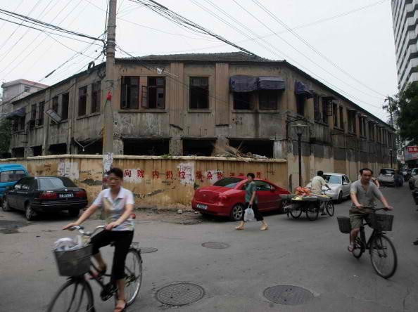 Largest military comfort women station to be demolished.