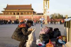 The issue of poverty remains an obstacle in China's development despite rapid economic growth in the past two decades.