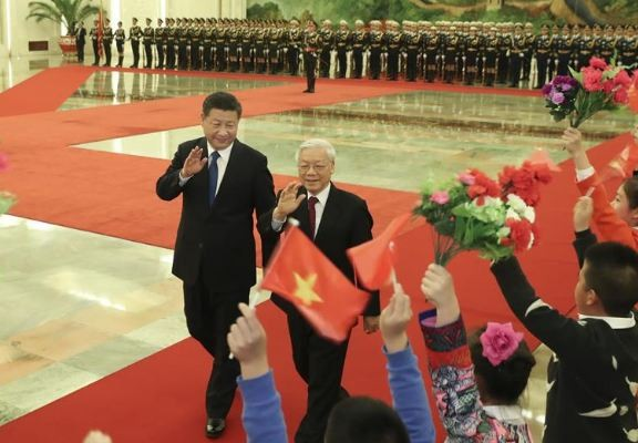 Chinese President Xi Jinping holds a welcoming ceremony for Nguyen Phu Trong.