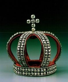 First Miss Universe crown