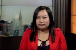 Luo Yufeng, a Chinese network star, came to VOA's New York studio on March 23, 2016, to talk about her life experiences in China and the United States.