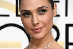 Actress Gal Gadot attends the 74th Annual Golden Globe Awards at The Beverly Hilton Hotel on January 8, 2017 in Beverly Hills, California.