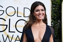 'This Is Us' star Mandy Moore attends the 74th Annual Golden Globe Awards at The Beverly Hilton Hotel on January 8, 2017 in Beverly Hills, California.