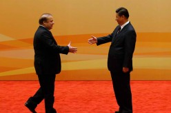 President Xi Jinping meets with Pakistan's Prime Minister Nawaz Sharif to discuss cooperation between Pakistan and China.