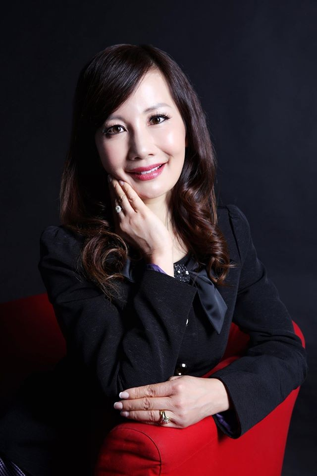 Jane Sun, currently CEO of China's largest online travel services company Ctrip, has embarked on a fulfilling journey to the top of the Chinese travel boom.