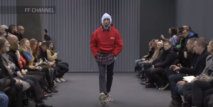 Balenciaga | Fall Winter 2017/2018 Full Fashion Show | Menswear