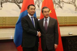 Mongolian Foreign Minister Tsend Munkh-Orgil meets with Chinese Foreign Minister Wang Yi in Beijing.