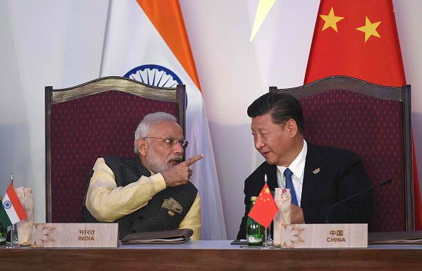China thinks that the country should not get involved in the India-Pakistan dispute on Kashmir.