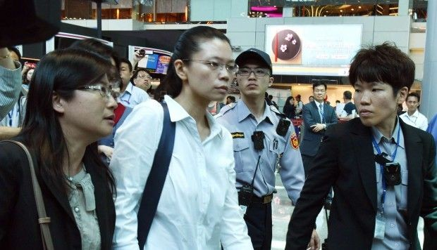 Lee Ching-yu, wife of Taiwanese pro-democracy activist Lee Ming-che, was refused entry into China.
