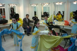 Pupils Perform Peking Opera in Beijing